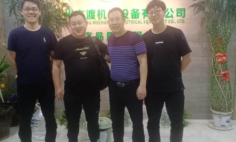 客户参观六渡机电工厂